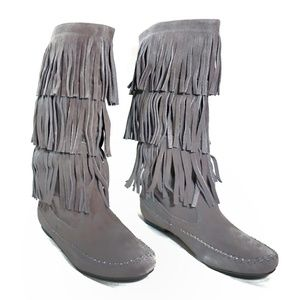 NWOT Lauren Conrad  Suede Fringe Moccasin Boots